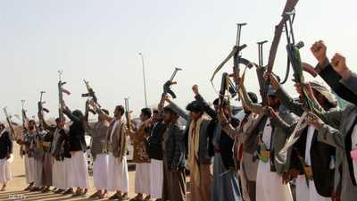 اليمن.. مقتل 25 جنديا في هجوم للحوثيين على معسكر في مأرب