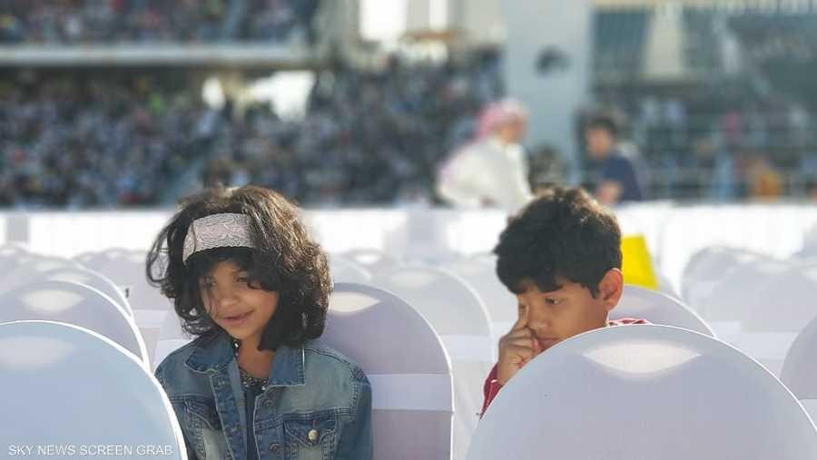 حتى الأطفال الصغار كانوا من بين آلاف المشاركين، الذي حضروا القداس البابوي.