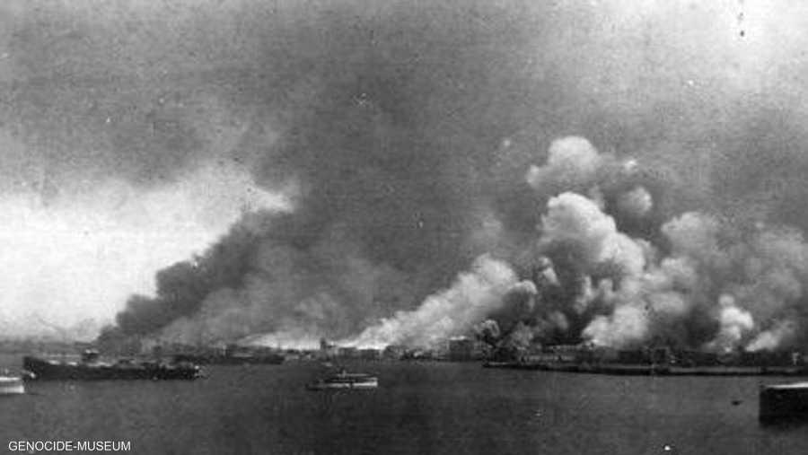 ويؤكد الأرمن أنهم تعرضوا لعمليات قتل ممنهجة قبيل انهيار الدولة العثمانية.