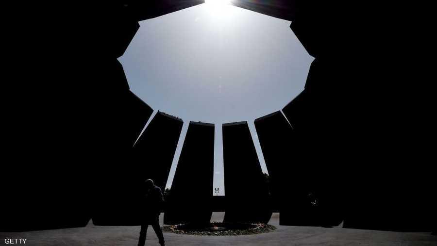 وتحتضن عاصمة أرمينيا، يرفان، نصبا تذاكريا لضحايا الإبادة الجماعية، يحرص كثير من زعماء العالم على زيارته.