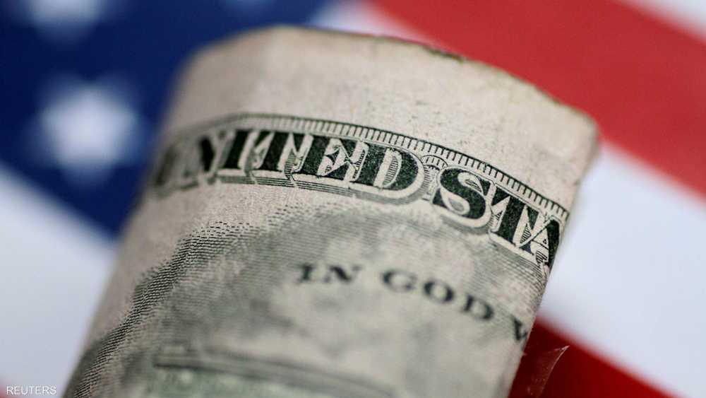 مخاوف من بطء الاقتصاد العالمي ترفع الدولار