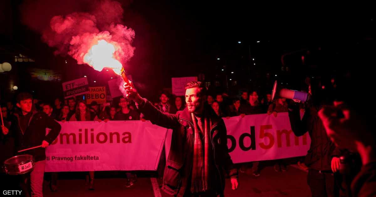 بلغراد تنتفض ضد الرئيس فوسيتش المتهم بالسلطوية