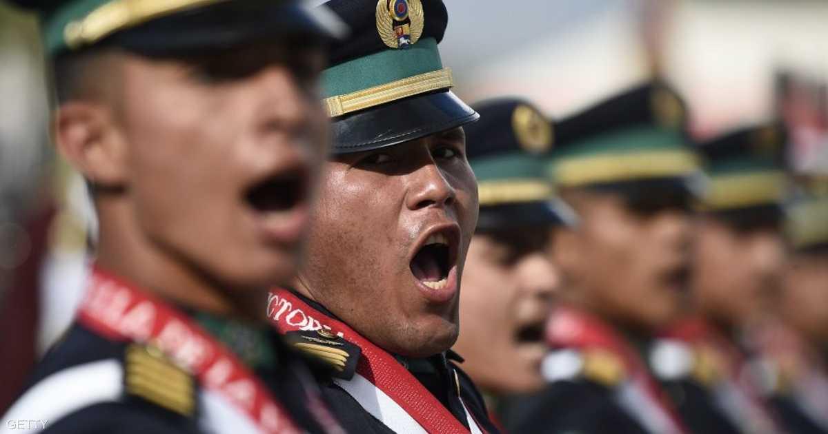 فنزويلا.. عقيد بالجيش ينشق عن مادورو