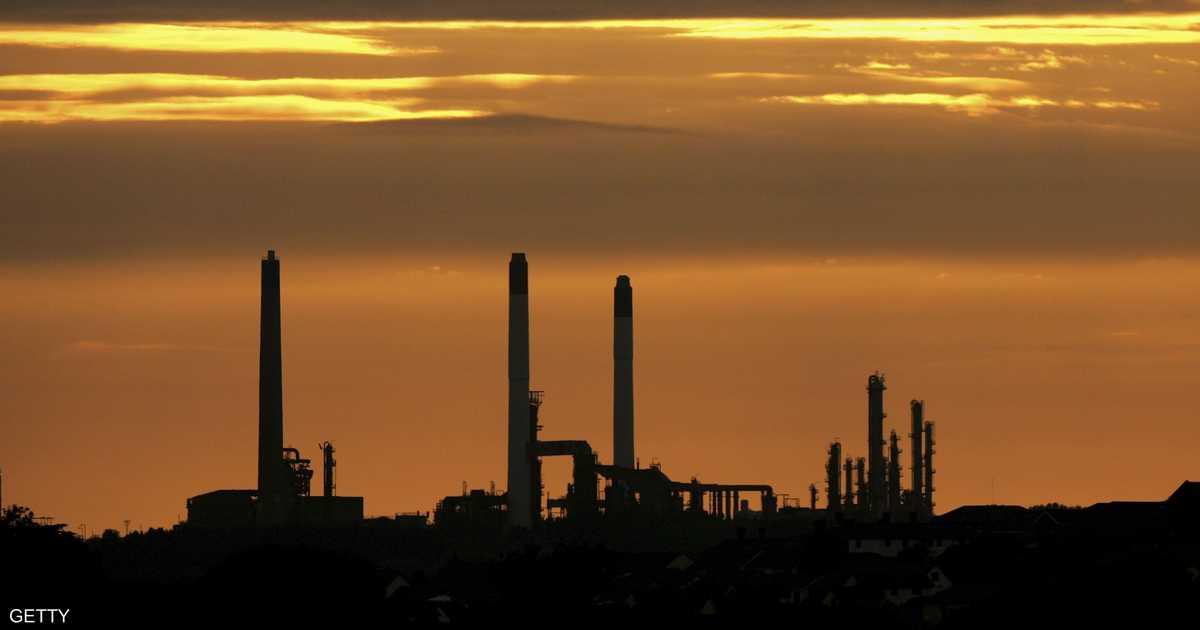 أسعار النفط تميل للانخفاض في آسيا