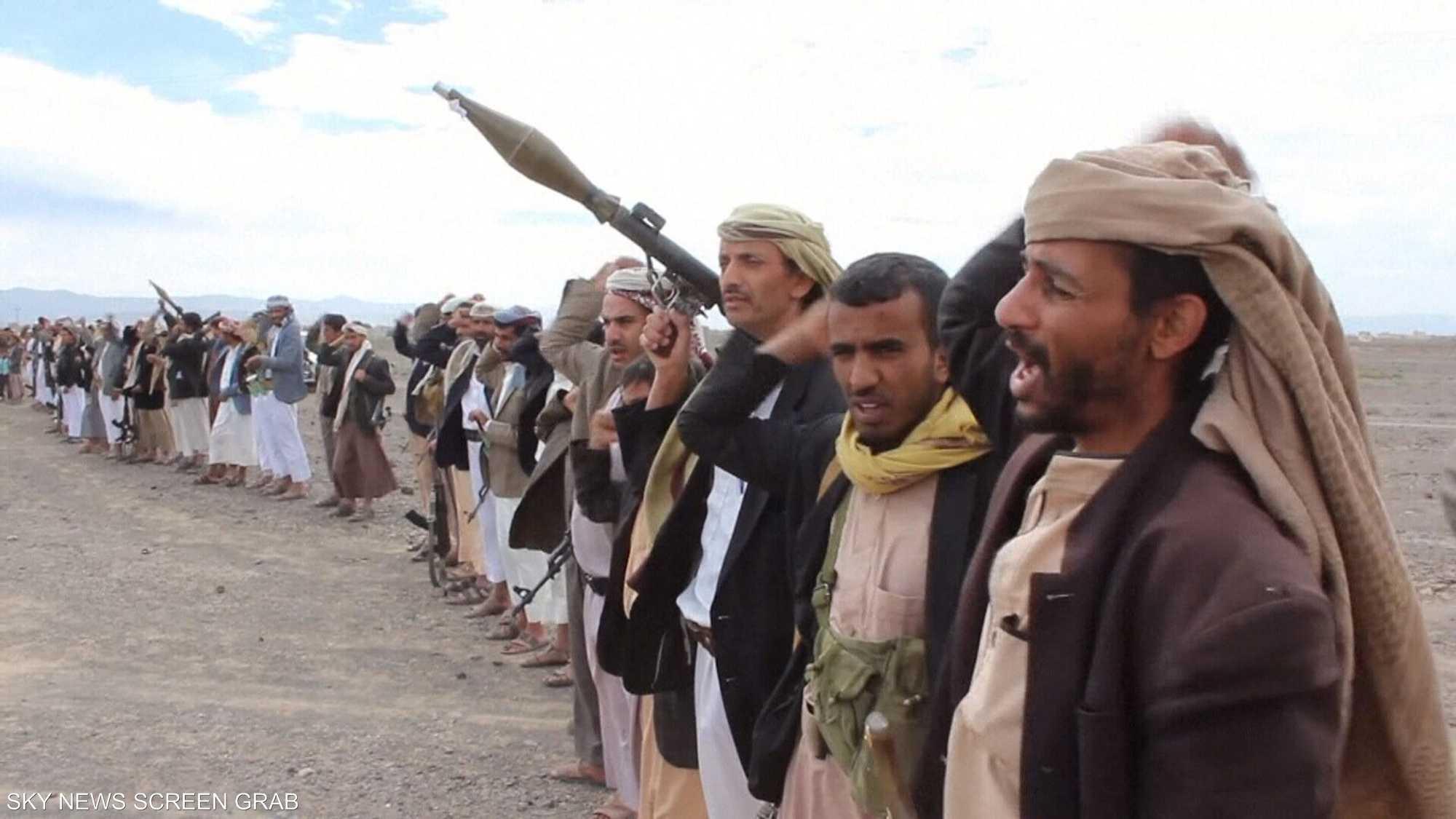الحوثي والقاعدة وداعش.. مثلث الشر في اليمن