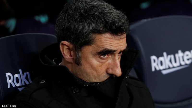 قاد المدرب البالغ من العمر 55 عاما برشلونة للفوز بثنائية الدوري والكأس في إسبانيا الموسم الماضي.