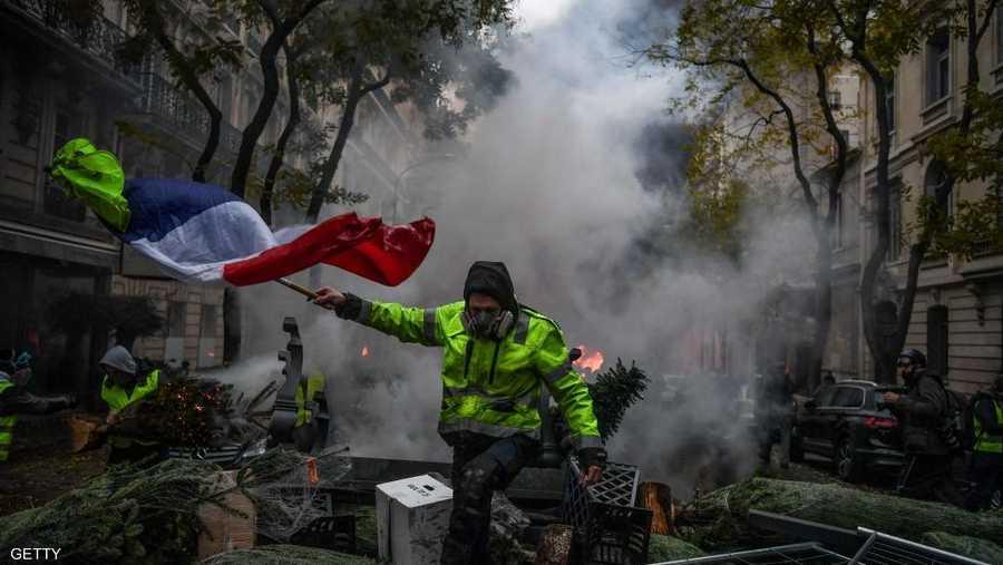 تشير أرقام الحكومة التي أحصت 51 ألفا و400 متظاهر في فرنسا إلى تراجع في التعبئة في الأسابيع الأخيرة.