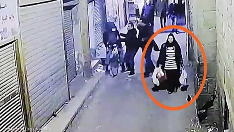 """فيديو.. ثانية واحدة حسمت مصير """"حاملة الأكياس"""" بتفجير القاهرة 1-1228553.jpg"""