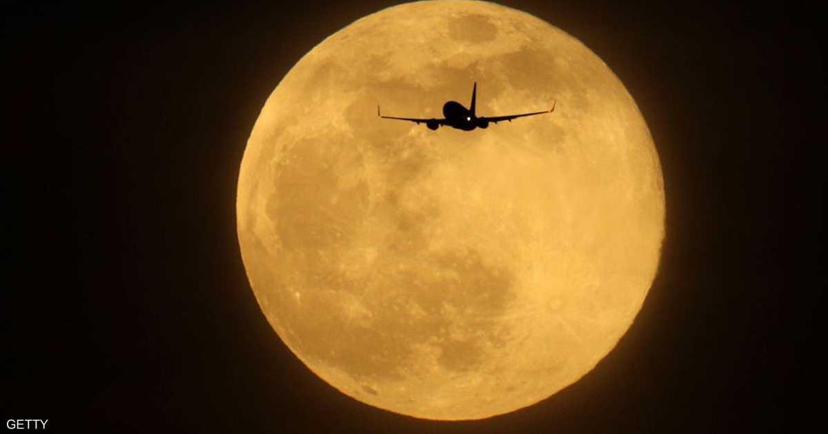 ترامب يطلب تمويلا إضافيا بهدف العودة إلى القمر