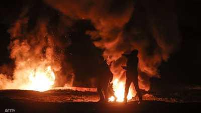 التظاهرات الليلية تعود إلى حدود غزة.. وإسرائيل ترد بقصف جوي