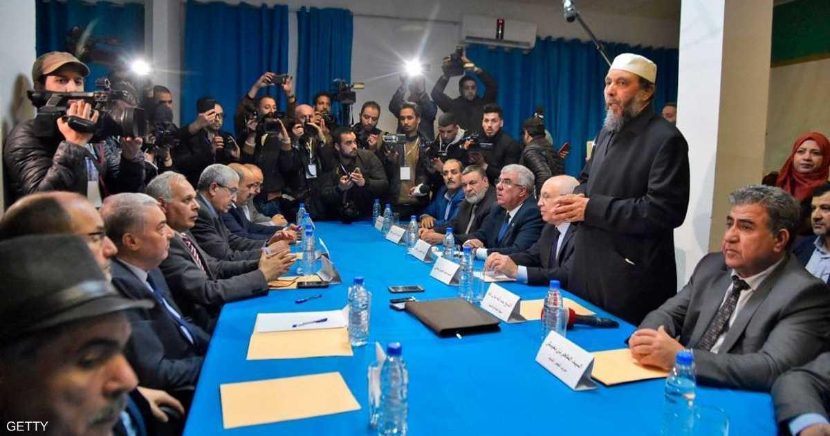 اجتماع للمعارضة الجزائرية دون إعلان مرشح للانتخابات