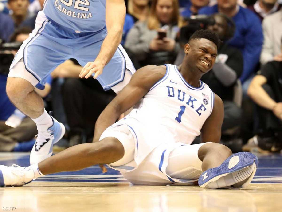 hنفجر حذاء لاعب كرة السلة زيون وليامسون