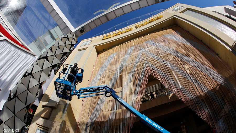 """يعتبر مسرح دولبي منذ افتتاحه سنة 2001، مركز الاحتفال السنوي لتوزيع جوائز أكاديمية فنون وعلوم السينما """"الأوسكار""""."""