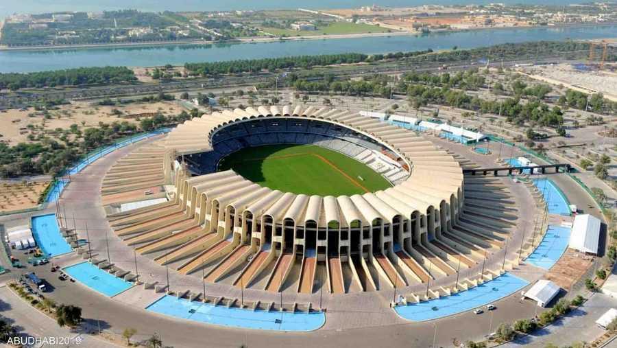 حفل افتتاح الأولمبياد سيقام في استاد مدينة زايد الرياضية يوم 14 مارس، وسيرافق الرياضيون عدد من الأبطال والمشاهير ممن كانت لهم مساهمات وبطولات وإنجازات كبيرة بحركة الأولمبياد الخاص