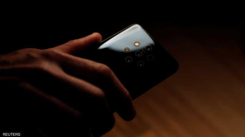 """""""نوكيا"""" تكشف هاتف العالم كاميرات"""