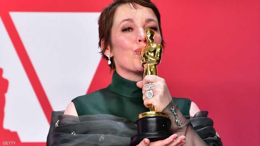 """فازت الممثلة البريطانية أوليفيا كولمان بجائزة أوسكار أفضل ممثلة عن دورها في فيلم """"المفضلة"""" (ذا فيفوريت) وهو فيلم ينتمي إلى نوعية الكوميديا التاريخية."""