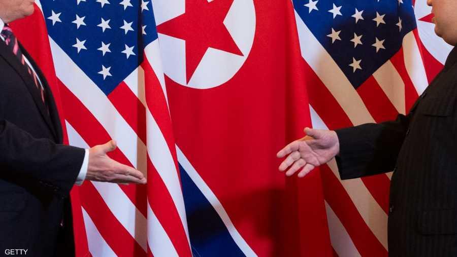 الرجلان تصافحا أمام وسائل الإعلام الأميركية والكورية الشمالية