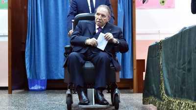 """من ينتزع """"كرسي الرئاسة"""" من بوتفليقة؟"""