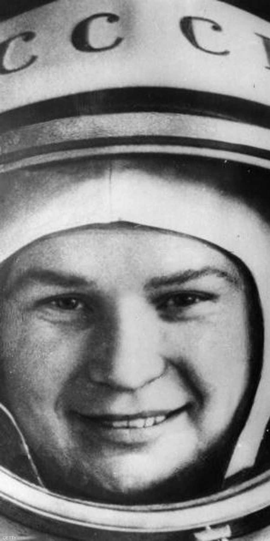 فالنتينا تريشكوفا أول امرأة تسافر للفضاء والأولى لوحدها