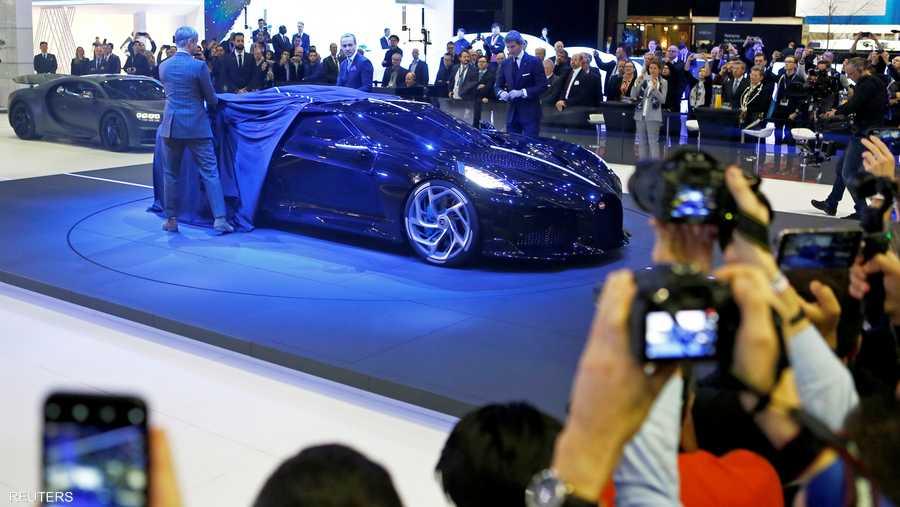 قال مصمم السيارة إن كل عنصر فيها تمت صناعته بشكل يدوي وبحرفية عالية الدقة.