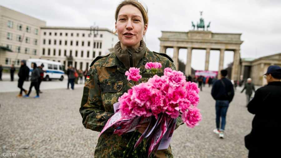 وفي ألمانيا، أعلنت العاصمة برلين اليوم العالمي للمرأة يوم عطلة رسمية