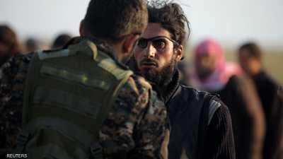استسلام مئات الدواعش بالباغوز.. وقتلى بغارات على إدلب
