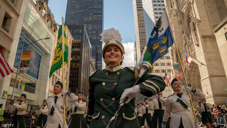شوارع مانهاتن في نيويورك شهدت احتفالات كبيرة
