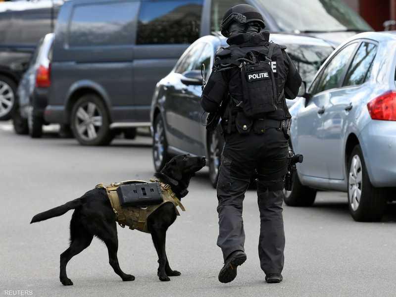"""كلاب الشرطة الهولندية تلفت الأنظار في """"هجوم أوتريخت"""""""