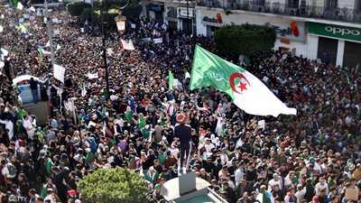 حزب جبهة التحرير الوطني في الجزائر يعلن دعمه الاحتجاجات