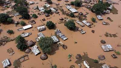 """موزمبيق """"المنكوبة"""".. الكارثة تحاصر الآلاف"""