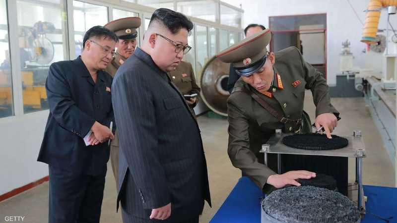 """زعيم كوريا الشمالية يأمر بـ""""عقاب فوري"""" لمصور حجبه لـ3 ثوان"""