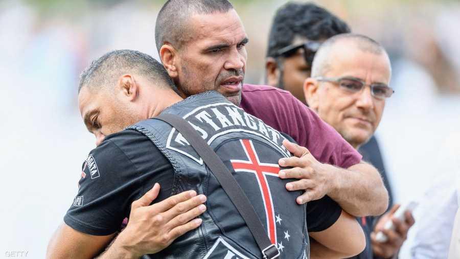 الملاكم الأسترالي السابق أنتوني موندين يشارك المسلمين محنتهم