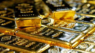 قفزة للذهب مع تراجع الدولار