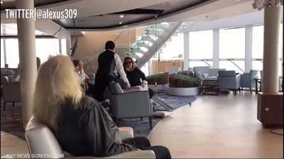 فيديو من داخل الباخرة النرويجية يرصد لحظات الذعر والتحطم