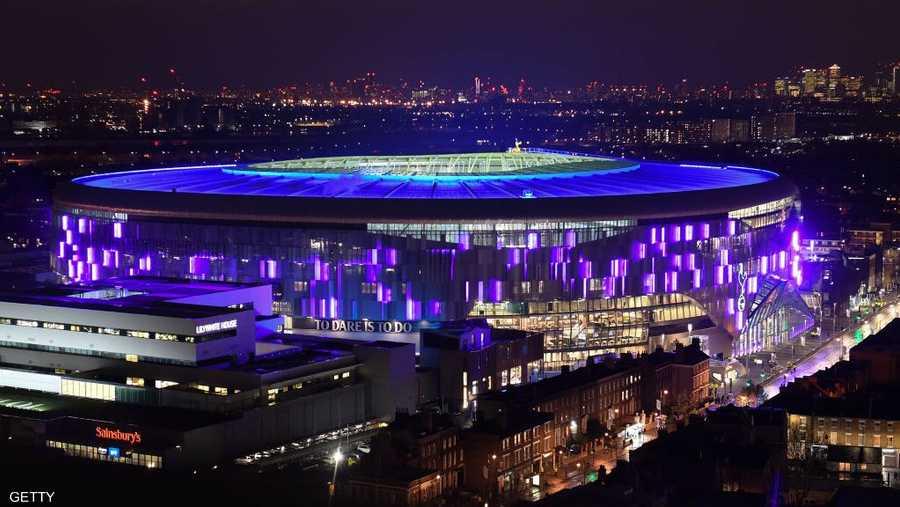 أقيمت احتفالات كبيرة واستثنائية بمناسبة افتتاح الملعب الجديد، الذي انتظره الأنصار لأكثر من 22 شهرا.