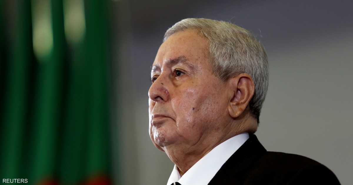 الرئيس الجزائري المؤقت ينهي مهام 5 قادة عسكريين كبار