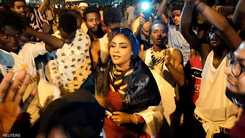 """كنداكة هي كلمة نوبية تعني """"ملكة"""" وقد درجت كلقب للمتظاهرات"""