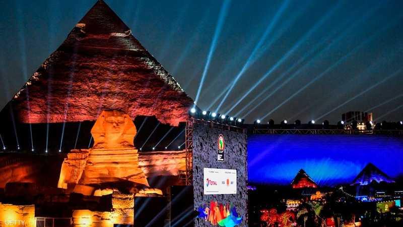 احتضن سفح الهرم بمحافظة الجيزة القريبة من العاصمة المصرية قرعة كأس الأمم الأفريقية لكرة القدم 2019، في أجواء احتفالية، حضرها عدد من نجوم القارة السمراء.