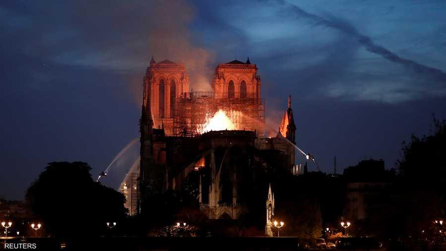 وأصبحت الكاتدرائية أثرا بعد عين، فيما ستبقى أطلالها شاهدة على أسوأ حريق في تاريخ المعمار الأثري الفرنسي.