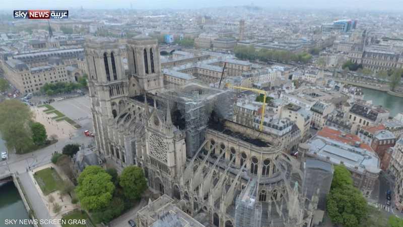 لقطات تظهر الدمار الهائل في كاتدرائية نوتردام