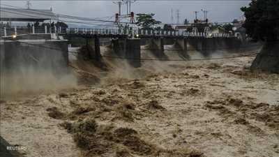 خسائر إيران الاقتصادية تضاعفت بسبب الفيضانات