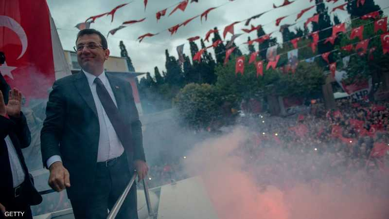 من هو أكرم إمام أوغلو الذي تحدى أردوغان؟