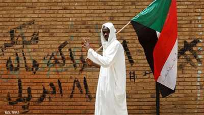 تدفق المزيد من حشود المحتجين على الاعتصام في الخرطوم