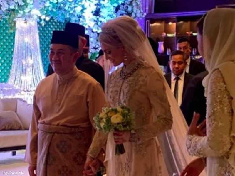 زفاف ولي العهد الماليزي على السويدية صوفي جوهانسون