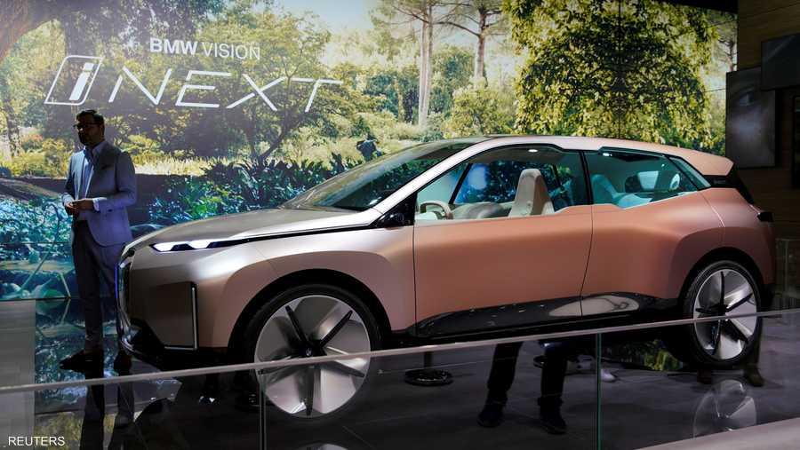 """شركة """"بي إم دبليو"""" الألمانية كانت حاضرة في المعرض بسيارة """"فيجن آي نيكست""""."""