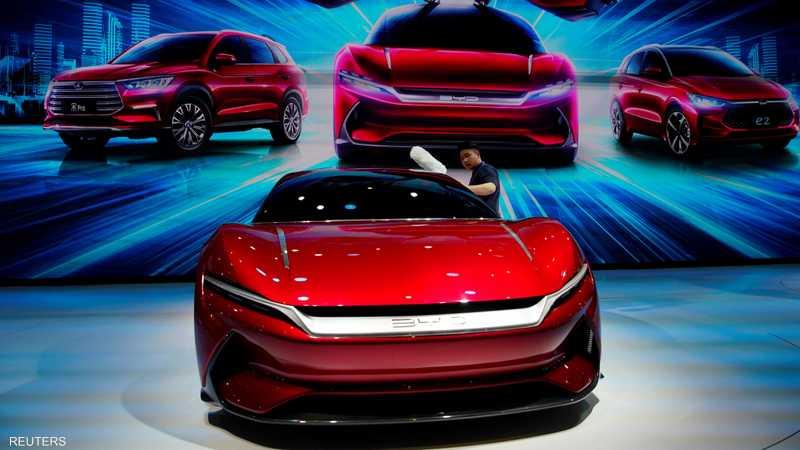 تستعرض شركات السيارات جديدها في المعرض