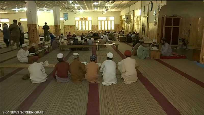 باكستان تعتزم وضع يدها على 30 ألف مدرسة دينية