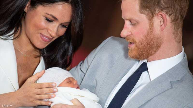 هاري وميغان في أول ظهور لهما مع مولودهما الجديد