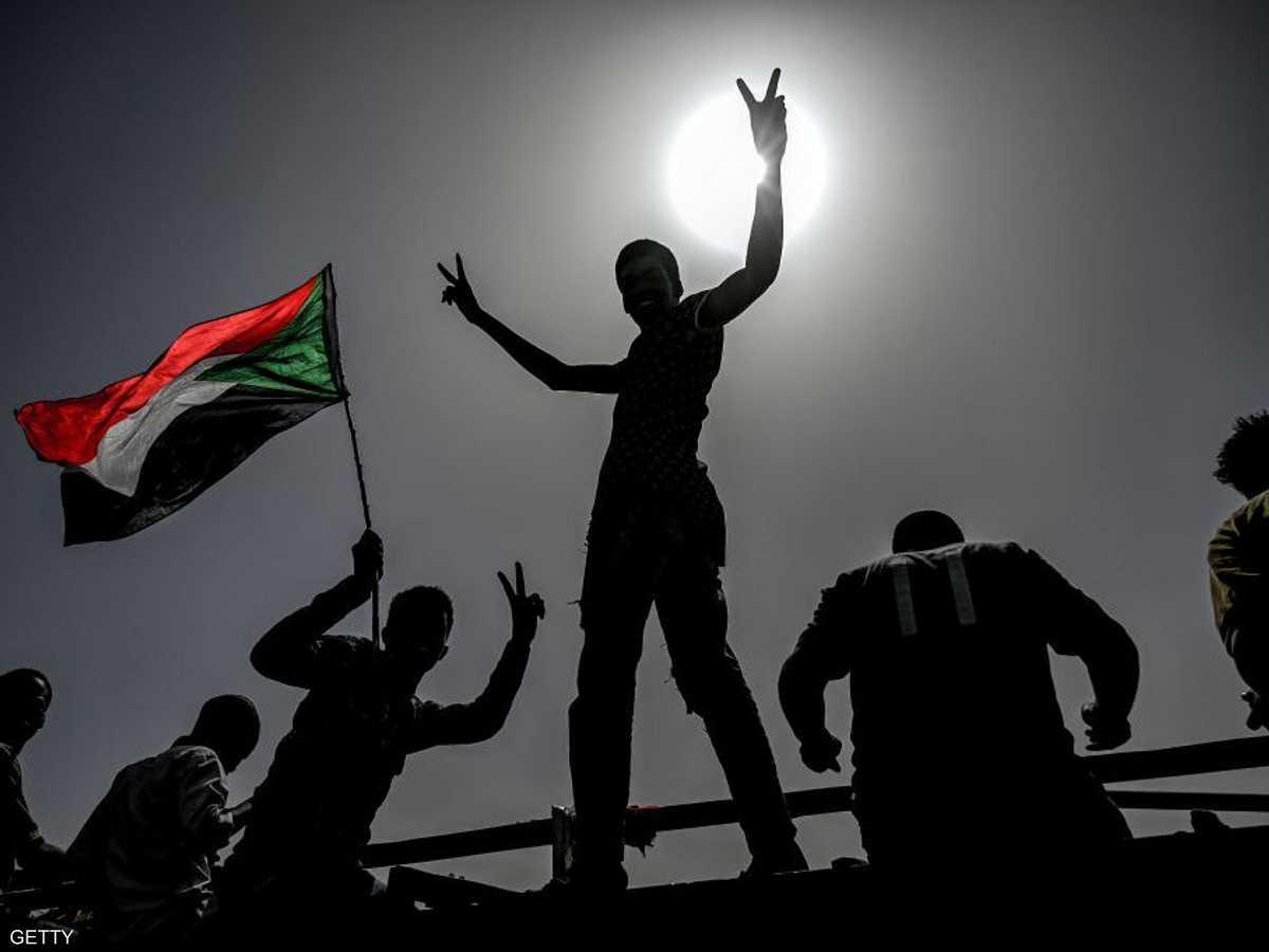 الشارع السوداني ينتصر في حراكه