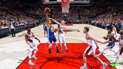 """انتصار واحد يفصل وريوز عن نهائي """"NBA"""""""